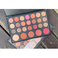 Палетка теней и румян BH Cosmetics Blushed Neutrals 26 Color Eyeshadow