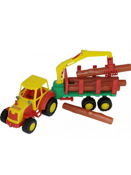 Трактор с полуприцепом-лесовозом